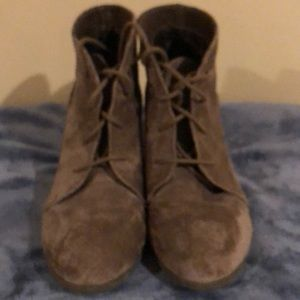 Madden Girl Heeled Booties Size 10M
